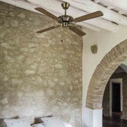 Ventilatore da soffitto, Yakarta Chêne, 121 cm, classico, oro invecchiato/legno, double-face, con telecomando, Faro.
